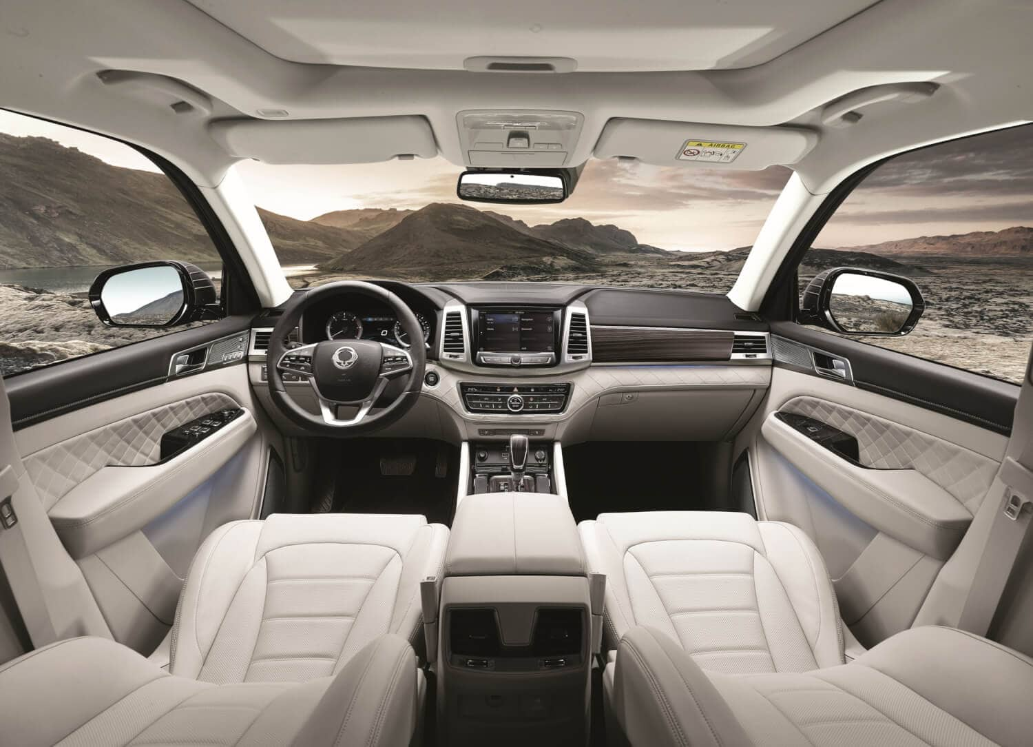ssangyong rexton zeigt viel charakter autosprintch. Black Bedroom Furniture Sets. Home Design Ideas