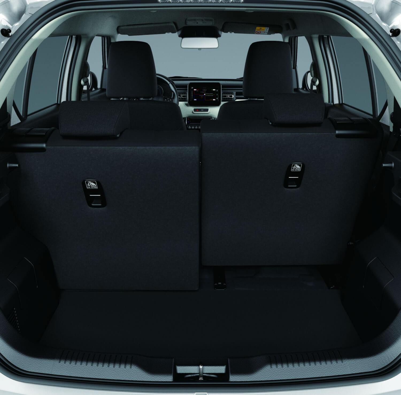 Die Hinteren Beiden Sitze Lassen Sich Getrennt Voneinander Nach Vorne Und Hinten Schieben Vom Kofferraum Her Auch Umklappen Suzuki Ignis AutoSprintCH