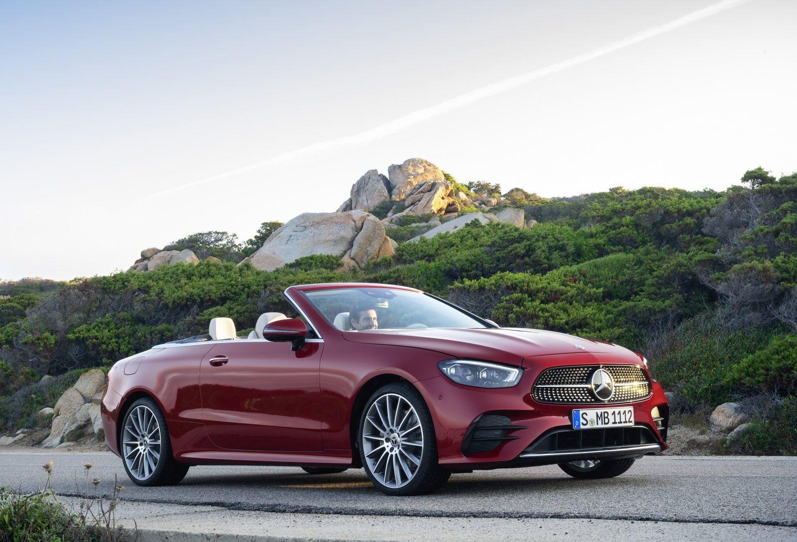 Mercedes: E-Klasse Coupé und Cabrio am Start - AutoSprintCH